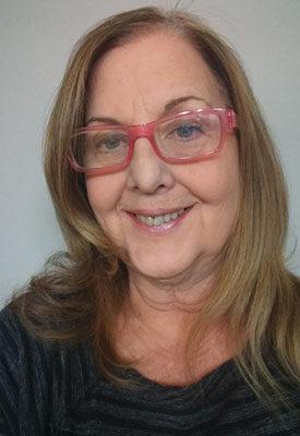 Loretta Bach